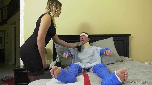Hure Frau Blair Williams fickt Doc vor verletztem Hahnrei