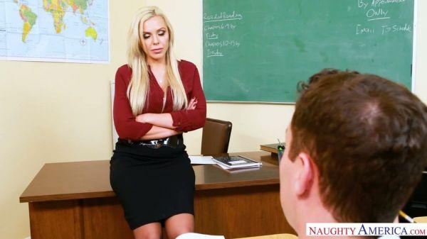 Riesig boobed deutsche MILF Nina Elle wurde in einer Küche gefickt